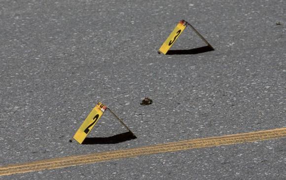 Durante la noche del pasado sábado, un ataque sicarial habría dejado tres personas muertas y dos más heridas. Foto: Santiago Mesa Rico