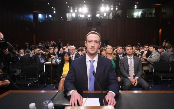 Zuckerberg este martes en el Congreso. FOTO AFP