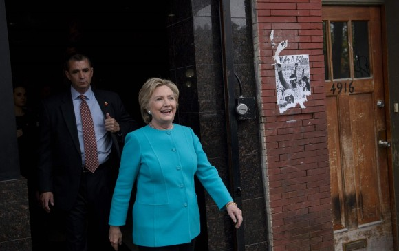 FBI ratifica que Clinton no debe ser imputada