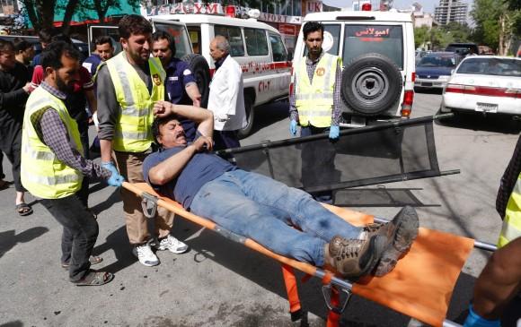 Atentados suicidas dejan 28 muertos, 11 de ellos son menores