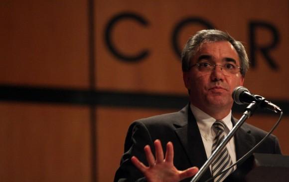 Diego Palacio, exministro de Uribe condenado por 'Yidispolítica', queda en libertad