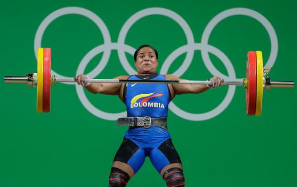 Alicia Gurrola no logra hazaña en levantamiento de pesas