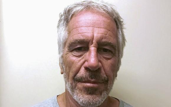 Jeffrey Epstein hallado muerto en su celda