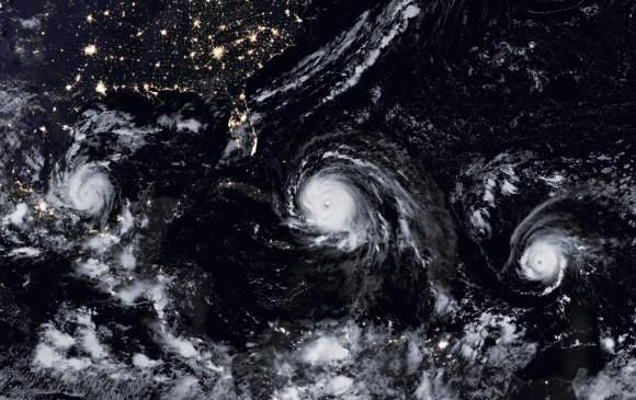 Vista aérea de los huracanes Irma José y Katia