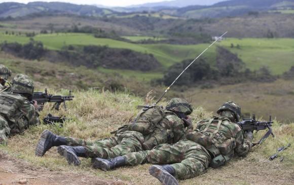 Dos militares muertos dejan combates con ilegales en Cauca y Antioquia