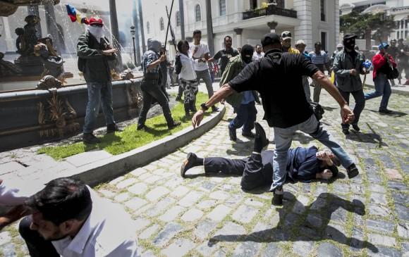 Irrumpen Asamblea Nacional de Venezuela