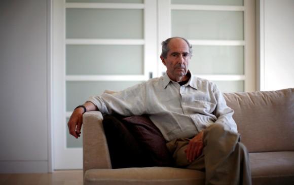 Entre los escritores con manías salidas de lo común está Philip Roth. Escribía parado y de espaldas a la ventana para no distraerse. No le importaba la publicidad. FOTO Reuters