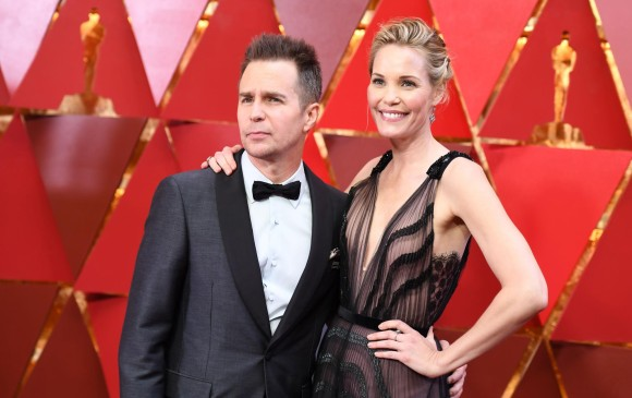 Sam Rockwell y su esposa en la alfombra roja. FOTO AFP