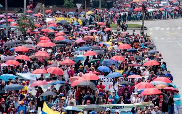 Profesores convocan a paro nacional para el 25 de julio — Colombia