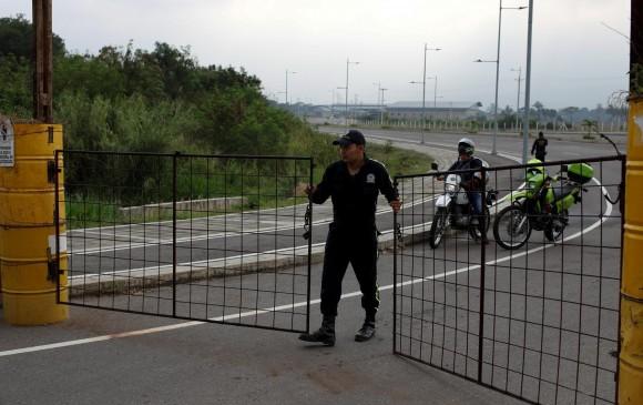 Puente internacional de Tienditas por donde se espera se movilice la ayuda humanitaria. FOTO: AFP