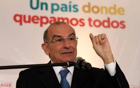 Humberto de la Calle decide lanzar su candidatura por firmas