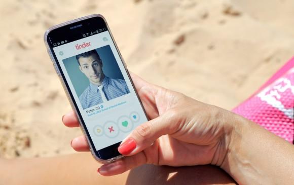Tinder hizo un estudio entre más de 35.000 usuarios latinoamericanos y encontró que lo que más les gusta de los extranjeros es su acento. FOTO: SSTOCK