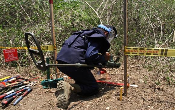 Santos declaró 166 municipios libres de sospecha de minas en Colombia