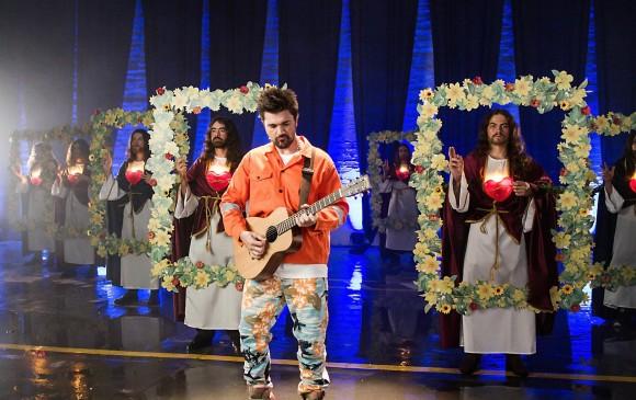 Juanes lanza el vallenato 'La Plata' junto a Lalo Ebratt