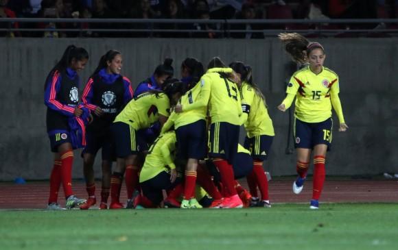 Selección femenina sale a ratificar la clasificación b3bede13dc736