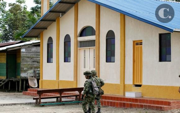 Esta es la iglesia donde se habría encontrado el general Alzate y dos personas que lo acompañaban con tres supuestos guerrilleros de las Farc. FOTO JAIME PÉREZ