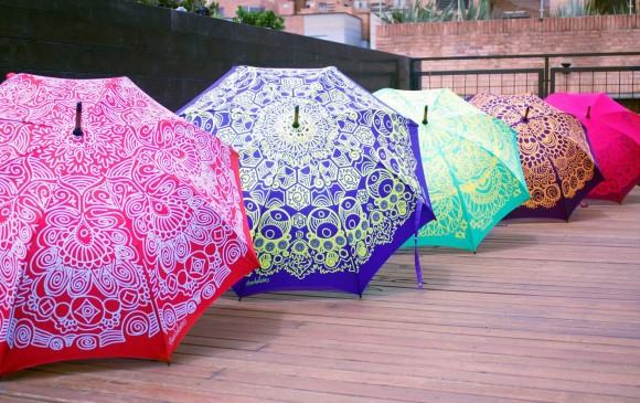 Las sombrillas de Mandalara tienen diseños propios. FOTO Cortesía