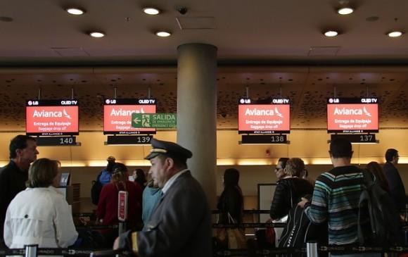 Policía detiene a 23 personas por protestas en el aeropuerto El Dorado