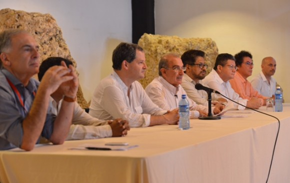 Gobierno colombiano y FARC-EP escucharán propuestas del 'no'