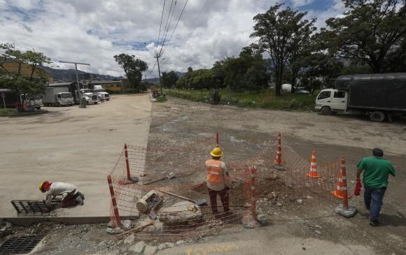 La Vía Distribuidora le sumará tres carriles a la avenida Regional en el sur.