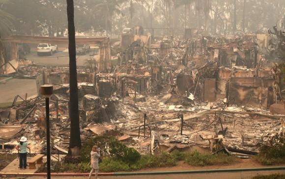 Ya van más de 200.000 evacuados por incendios en Los Ángeles
