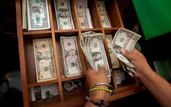 El dólar se cotiza hoy 3 de septiembre en $3142,34. FOTO Colprensa