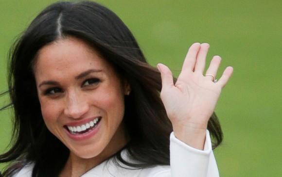 La actriz estuvo feliz en el anuncio del compromiso. FOTO AFP