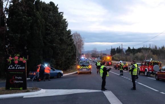 Francia: Tren chocó a un colectivo y murieron cuatro niños