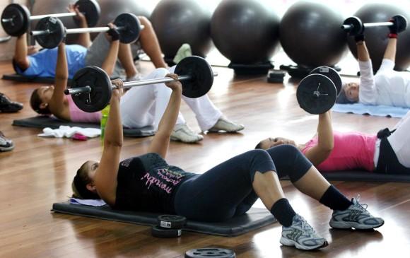 Empresa china ofrece una prima a sus empleados por perder peso
