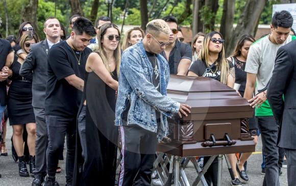 Familiares y amigos de Legarda asistieron a la ceremonia religiosa. FOTO JUAN ANTONIO SÁNCHEZ