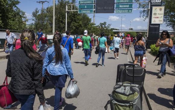 El paso de venezolanos a Colombia disminuyó 30% en 15 días