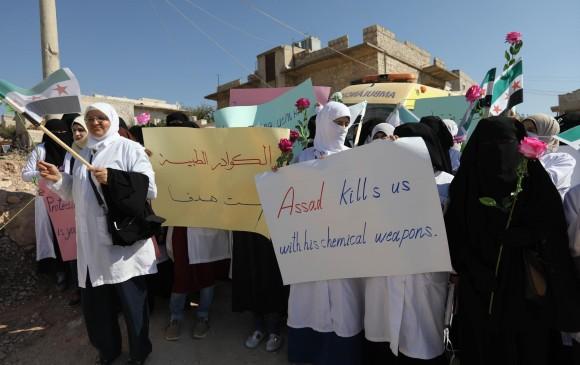 Protestas en contra del régimen de Bashar al Asad. FOTO: AFP