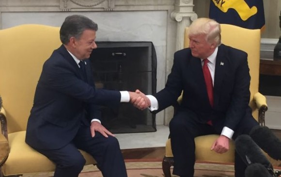 Washington Post asegura que Donald Trump regaño a Santos