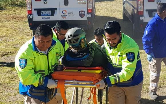 Fallecen 18 personas tras volcadura en Puebla
