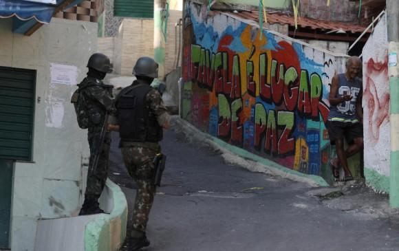Policía abate a 8 personas en favela de Río de Janeiro, Brasil