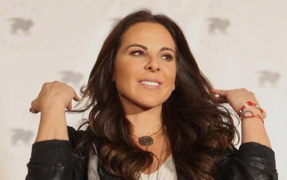 La actriz habló frente a 150 medios que la esperaban en México. FOTO