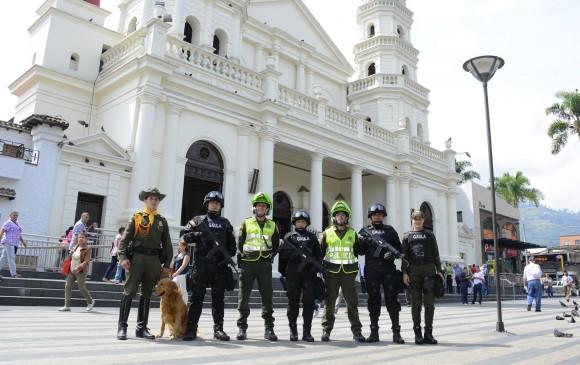La Policía Metropolitana destacó la reducción de los delitos de alto impacto en Envigado e invita a la ciudadanía a denunciar actividades ilícitas y sospechosas. Foto cortesía alcaldía de envigado