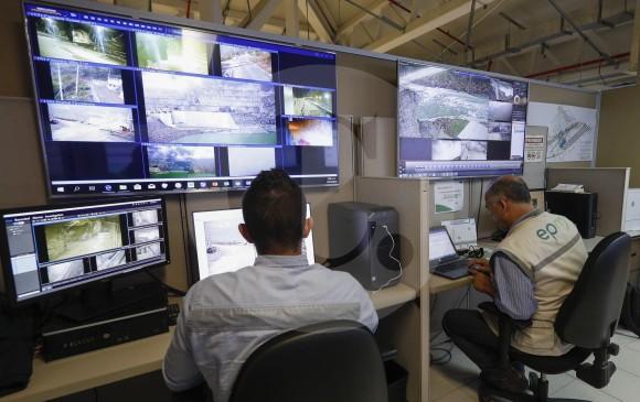 Después del comienzo de la actual contingencia (28 de abril de 2018) se implementó un Centro de Monitoreo Técnico que vigila de forma constante el estado del proyecto. FOTO MANUEL SALDARRIAGA