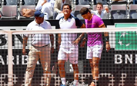 El tenista Nicolás Almagro se retiró con problemas en la rodilla izquierda. FOTO EFE