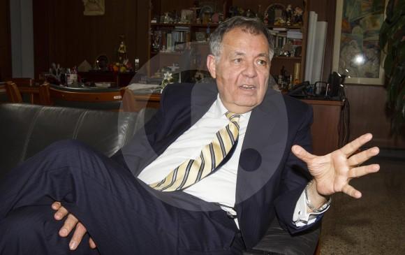 Polémica por homenaje de la Asamblea de Antioquia a Alejandro Ordoñez