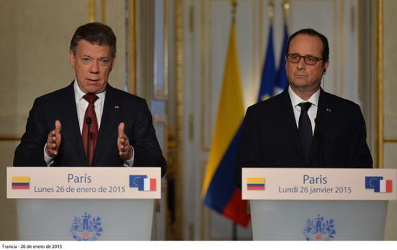 François Hollande inicia visita oficial a Latinoamérica en Chile