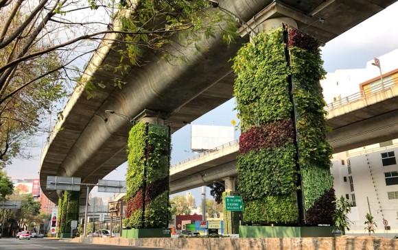 Estudian convertir columnas del metro en jardines verticales for Jardines verticales mexico