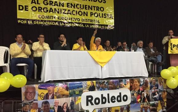 Uno de los líderes del Polo Democrático, Jorge Robledo, se adhirió a la candidatura de Fajardo, pero su bancada tiene otra opinión. FOTO COLPRENSA
