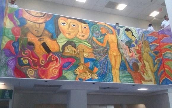 El artista Gabriel Antonio Calle pintó dos murales en municipios de Monterrey, México. FOTO cortesía.
