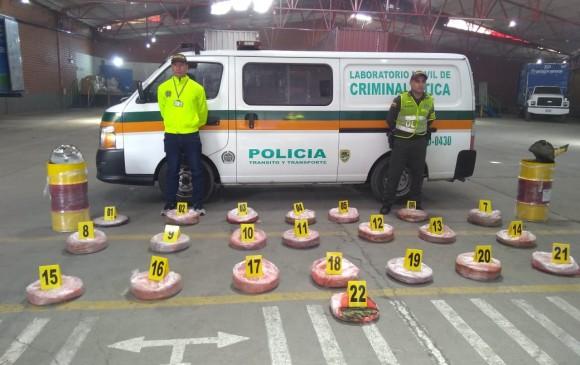 66 kilos de marihuana incautados en una bodega en Itagüí. FOTO CORTESÍA POLICÍA NACIONAL