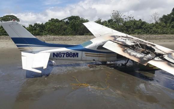 Fuerza Aérea Colombiana destruyó una avioneta ilegal en el Pacífico