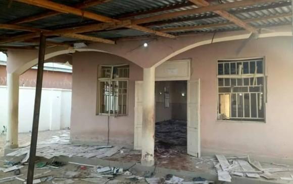 Al menos 50 muertos en un atentado suicida contra una mezquita — Nigeria