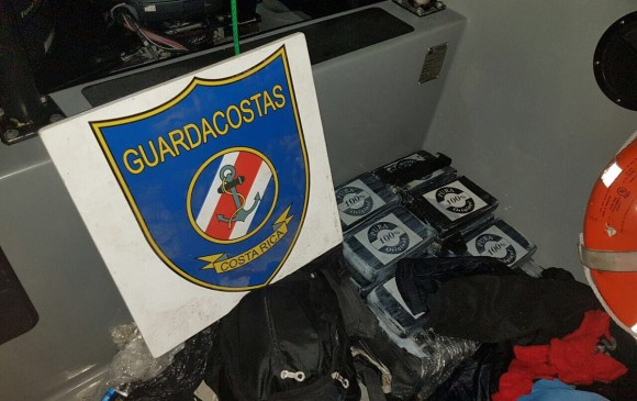 Exguerrillero cae con 50 kilos de cocaína en lancha