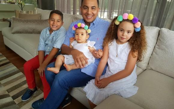 Pipe Peláez y sus hijos. FOTO Cortesía