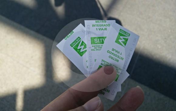Estos son los tradicionales tiquetes Edmonson que se despedirán del metro de Medellín. FOTO VANESA RESTREPO
